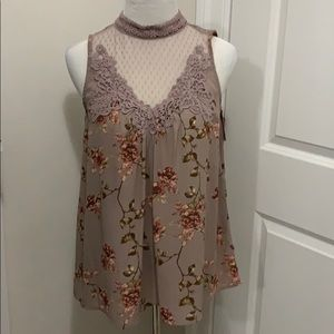 Xhilaration sleeveless blouse
